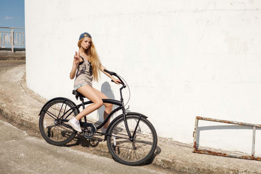 Woman on cruiser bike