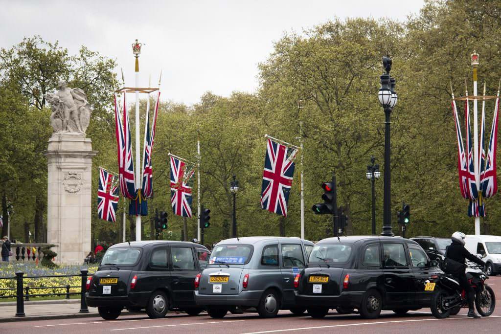 London taxi parking