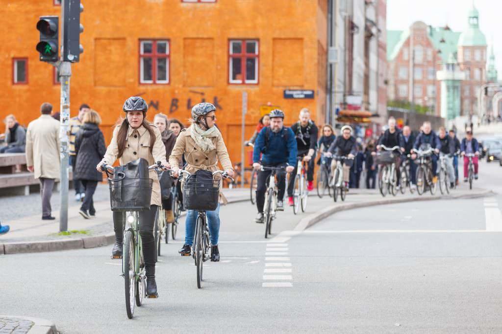 Copenhageners biking