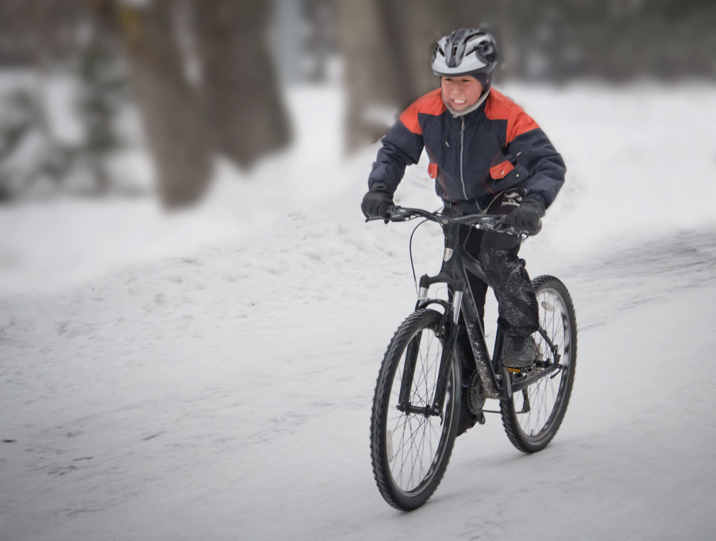 How to Choose Between Winter Cycling Gloves, Pogies and ...