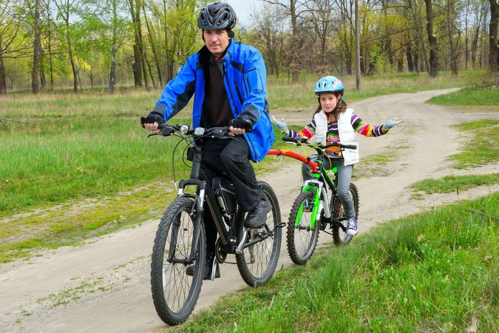 Biking with a trailer bike