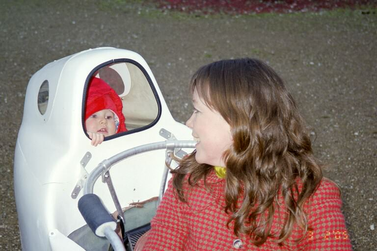 Leitra with childseat
