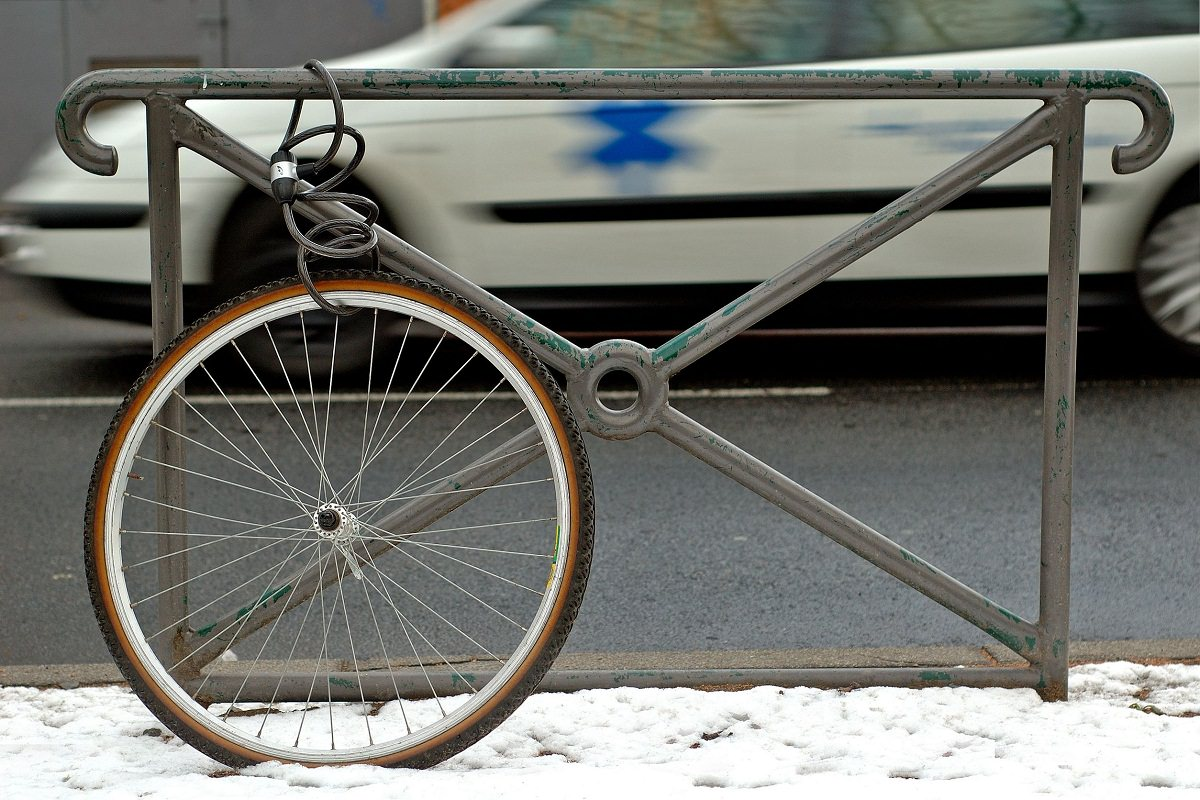 Bicycle wheel locked alone
