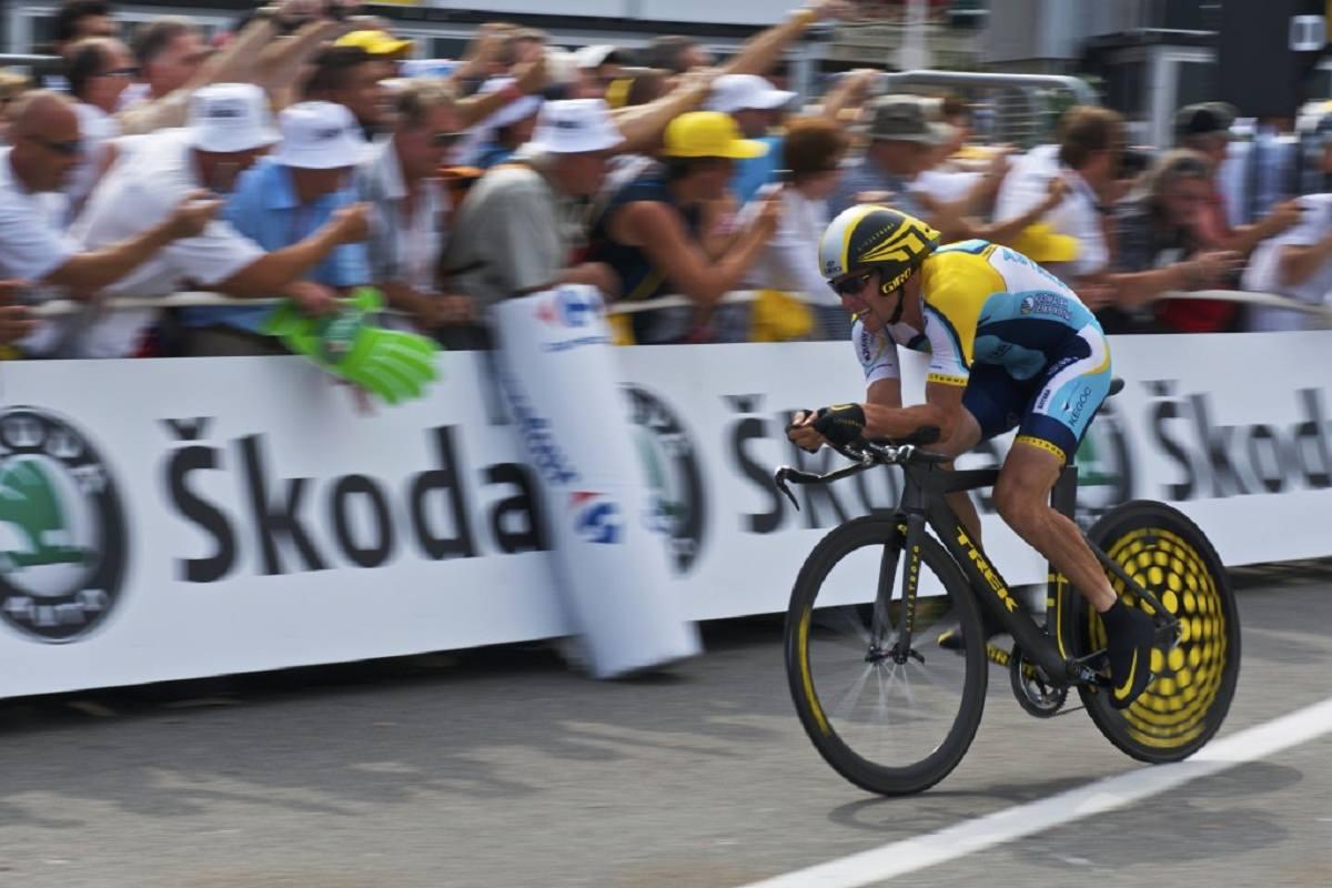 Bike rider in a bike race event