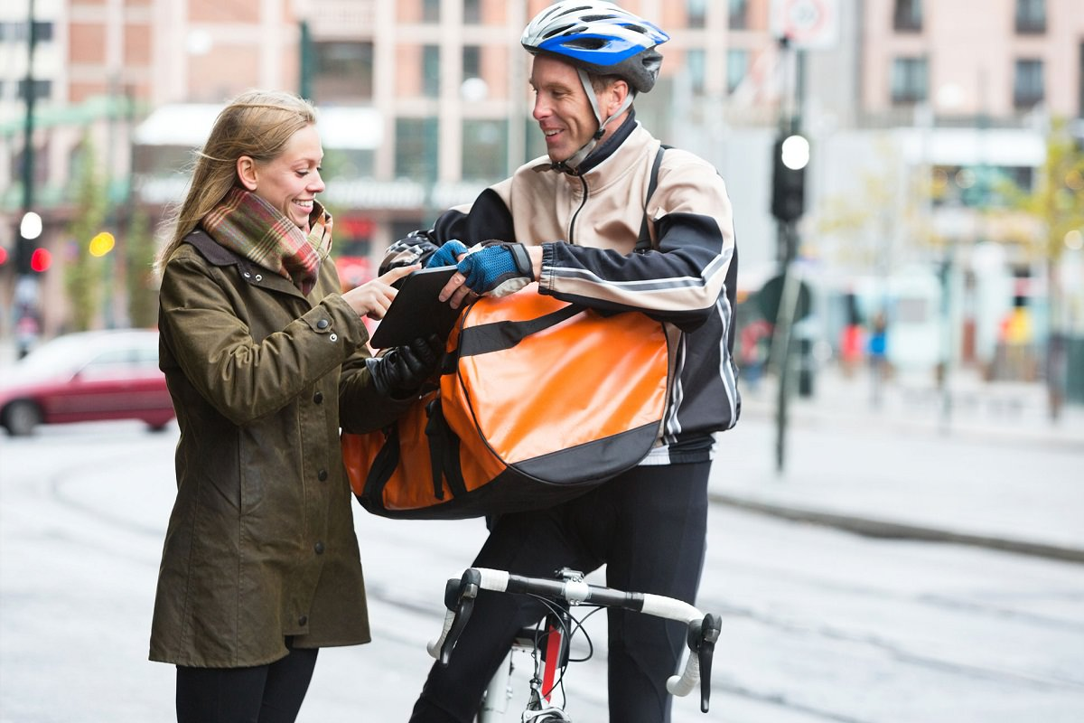 14 Reasons Why Cargo Bikes Are Better Than Delivery Trucks