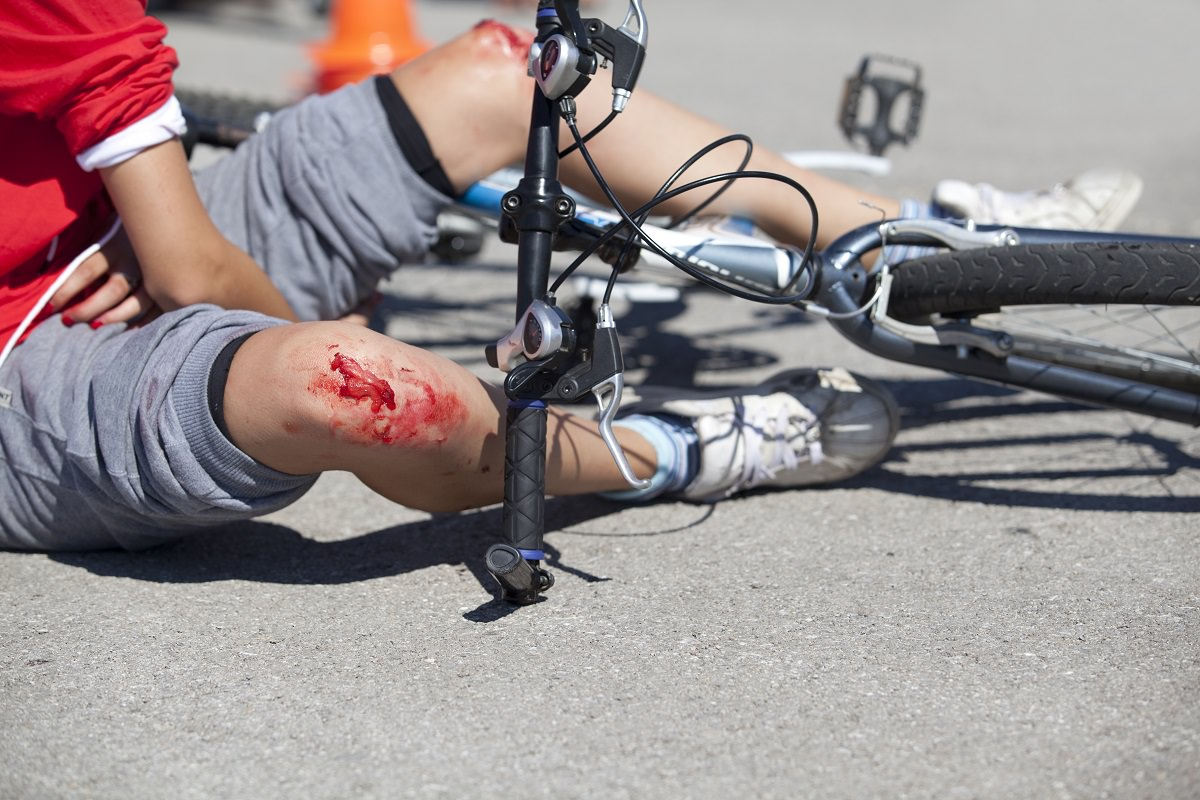 Man with injuries after bike crash