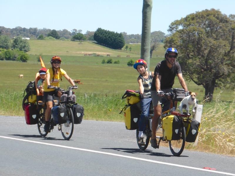 Bike touring as a family