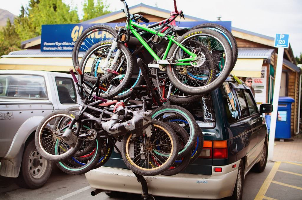 Vehicle Bicycle Rack Car bike rack with a lot of bikes
