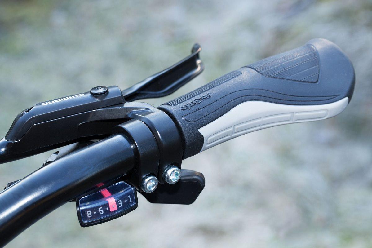 Brake lever and handlebar