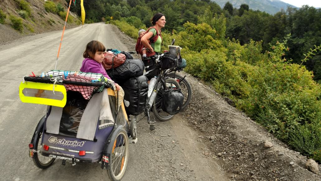 These 2 Children Grew up in a Bike Trailer (and Loved It)