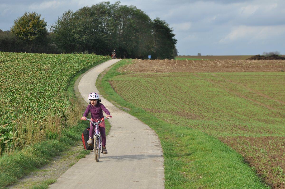 Maïa on her own bike