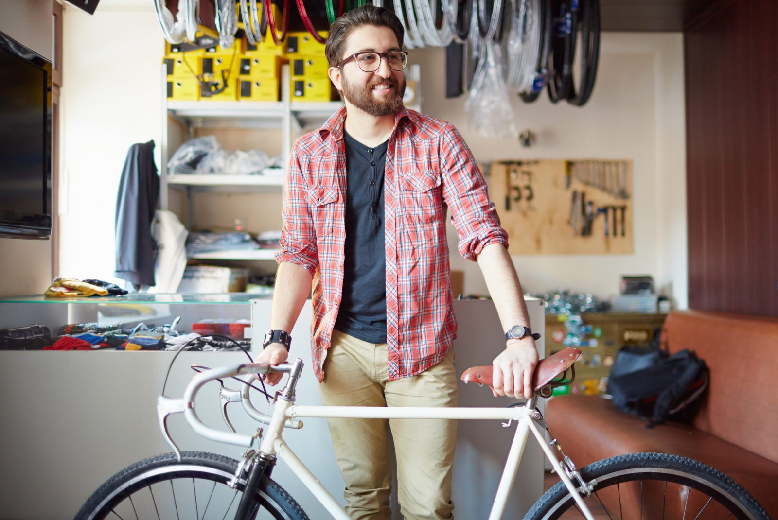 ff5bd5243b3 bike shop owner selling bikes