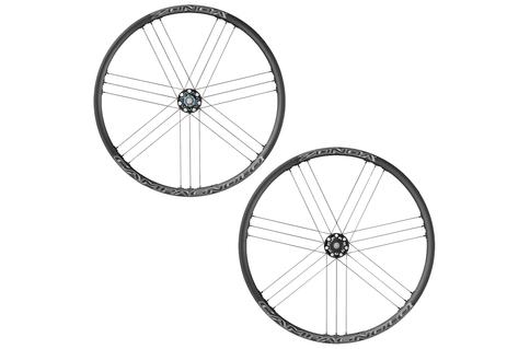 Campagnolo Zonda Clincher AFS Disc Brake 700c Wheelset Campagnolo Freehub Black White Aluminium