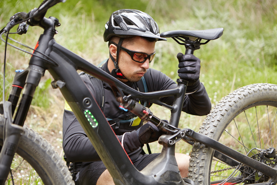 Adjusts bike seat height